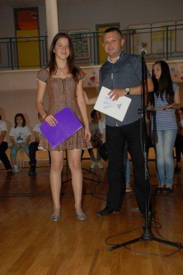 2012-06-13_dodela_diploma-svedocanstva_007