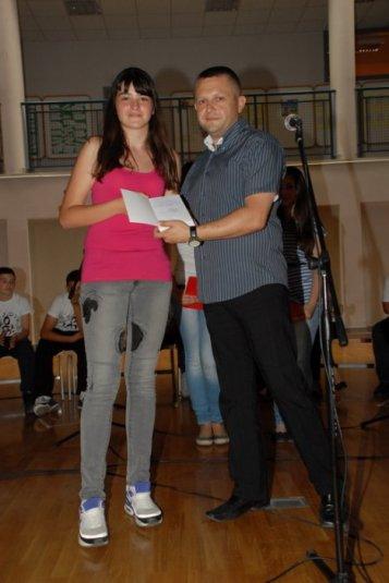 2012-06-13_dodela_diploma-svedocanstva_025