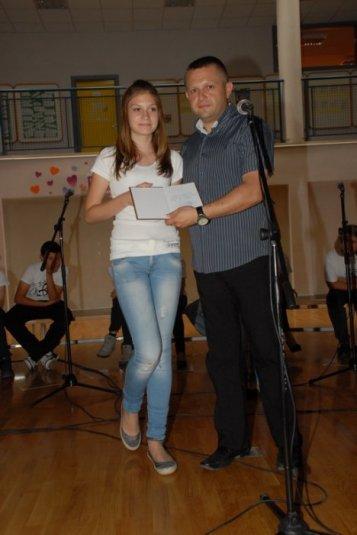 2012-06-13_dodela_diploma-svedocanstva_026
