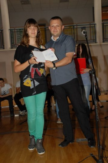 2012-06-13_dodela_diploma-svedocanstva_027